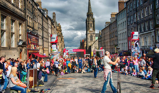 Edinburgh Festival Fringe Crowd